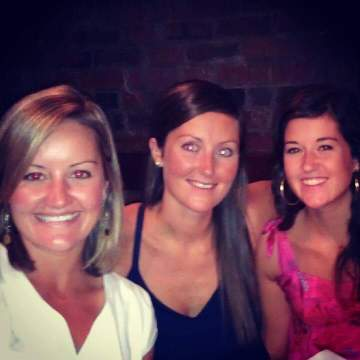 Sisters at Wes and Kellers Wedding